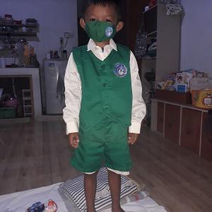 【レンボンガン島】次男の幼稚園の制服を貰ってきました!