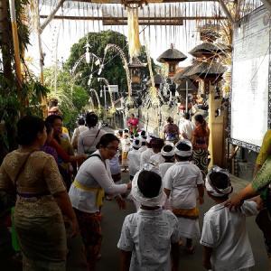 レンボンガン島の幼稚園 島のイベントに参加しました!!