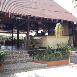 レンボンガン島のレストラン☆Mangrove Paradise Retreat
