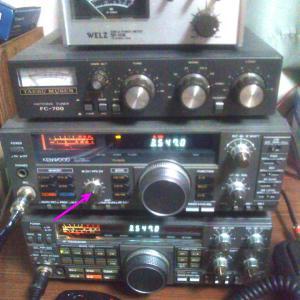 別な古いHF無線機で・・・