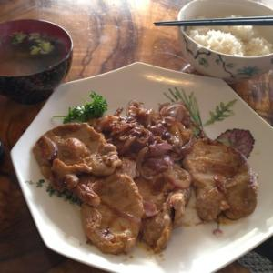 【コロナ失業生活】半額の豚肉で生姜焼きを作って食べた平日のお昼