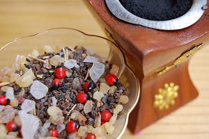 スパイシーなモロッコお香と手作りオードトワレ