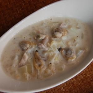 Oatmeal Cream Based Clam Chowder
