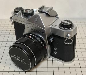 レトロなフィルムカメラを買ってみた