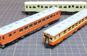 2両のジーゼルカー 塗装しました。