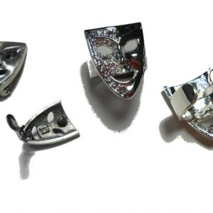 メッキのアクセサリーイヤリングを指輪へリメークです。