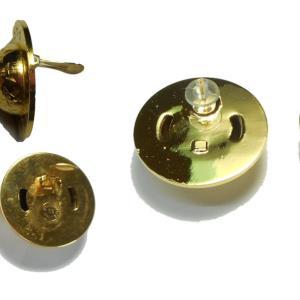 メッキのイヤリングを再度メッキを付けましてピアスにリーメークです。