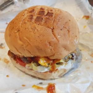 バンコクでおいしいハンバーガー探し/Looking for Delicious Hamburger at Bangkok