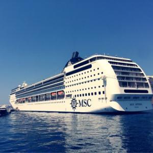 地中海クルーズ旅行に行くなら。持ち物まとめ。