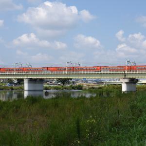 多摩川橋梁のロマンスカー GSE -02