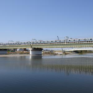 多摩川橋梁の小田急4000形