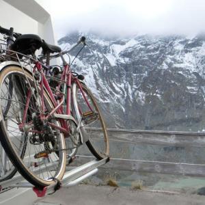 氷河見てチャリダー猛者は駐車する