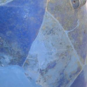 古代ペルシャ海を映すか壺の青