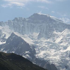 ユングフラウ(Jungfrau乙女,4158m)を目の前に仰ぐ