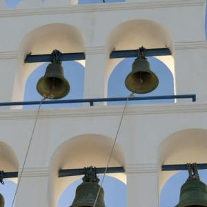 サントリーニすべての鐘の響き合えば