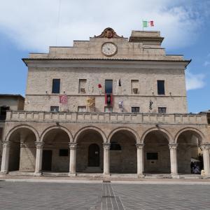ウンブリア州/Montefalco - Trevi - Città di Castello