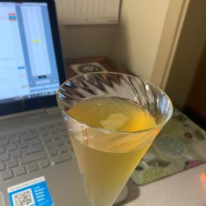 再暴落とビンテージ・シャンパン