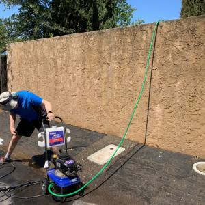 アメリカ一戸建て、外壁の掃除