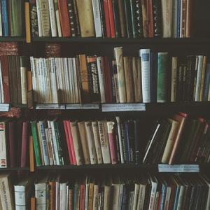 紙の本が無性に読みたくなる