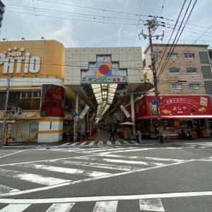 JR塚本駅前の商店街「サンリバー柏里」