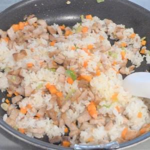 【アレルギー児の代替弁当】学校給食と同じ献立(12)焼き豚はバラ肉やベーコンで代用!スープは…