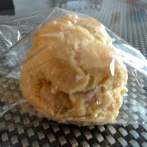 学校給食のシューアイスは「米粉シュークリーム」で代替!同じ献立でアレルギー対応の代替弁当(21)