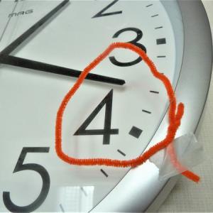 終わりの時間が迫るとパニック!視覚優位&切り替えが苦手な子は「短い針」に合わせた方が良いのか?