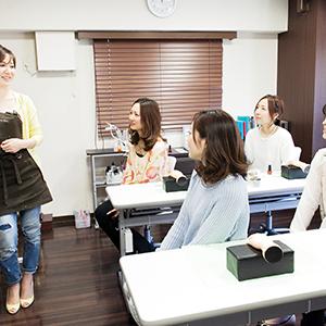 【名古屋・久屋大通ネイルスクール】自宅サロンを開業したい方!ネイリストで独立を目指しませんか?