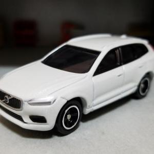 VOLVO XC60 T5 AWD Inscription (トミカ)