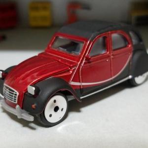 Citroën 2CV6 CHARLESTON (MAJORETTE)