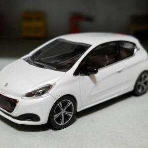 PEUGEOT 208 GT LINE TYPE A9 (NOREVプジョーディーラーモデル)