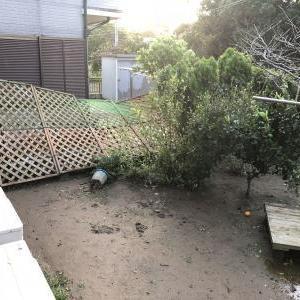 台風24号被害のフェンス修理開始〜見積もり依頼