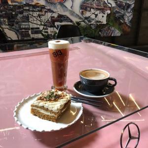 【韓国カフェ】今韓国の間で人気のホットスポット「ソンスドン」にある インスタ映えするカフェ紹介♪