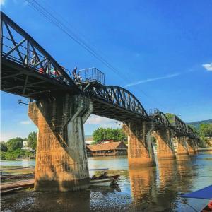 カンチャナブリー旅行 泰緬鉄道に乗って歴史を感じる|かかって来なさい!タイランド
