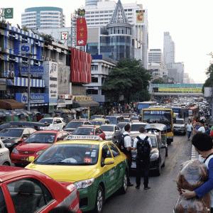 バンコクの渋滞 7つの原因|かかって来なさい!タイランド