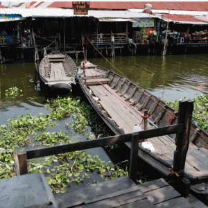 バンコクから近場の百年市場 バンプリー水上マーケット かかって来なさい!タイランド