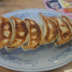 満州のチャーハンと餃子(ぎょうざの満州)