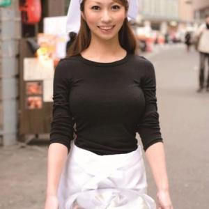 【画像】美人店員さん、パンツを撮られまくってしまうwwwww