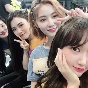 【画像】中国の女アイドルグループのレベルwww