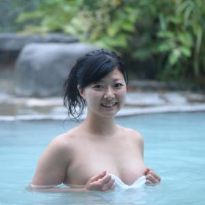 【画像】混浴好きの女さん、実在したwwwwwww