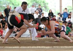【画像】女子相撲、エロいwwwww