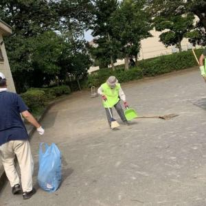 梅雨明け最初公園清掃   目立つタバコのポイ捨て