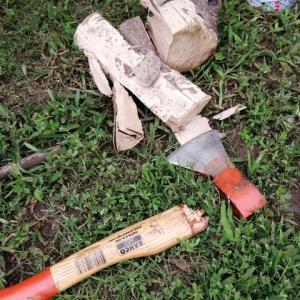 手斧が折れたので柄を自作した