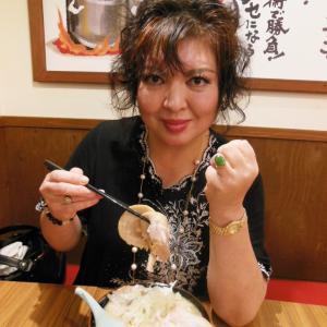 ガン、難病。負けない!ガッツでラーメン二郎インスパイア麺を食べる!