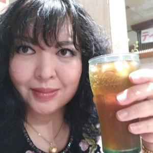 不眠・不快の裏にあった「レストレスレッグス症候群」お茶も緑茶から烏龍茶へ。