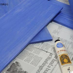 セリアの5枚板で簡単多肉棚と植え替え記録。