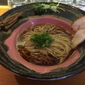 横浜市 拉麺 成 メロウな醤油拉麺 780円