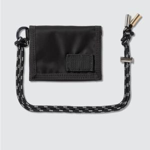 【国内完売】 SACAI X PORTER ストラップ付折りたたみ財布が予想通り使える!