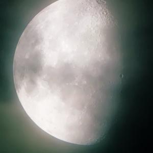 月の凹凸を撮影してみる