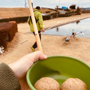 鯉釣り対決